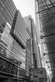 Moderna glass kontorsbyggnader i Canary Wharf - LONDON - STORBRITANNIEN - SEPTEMBER 19, 2016 Royaltyfria Foton