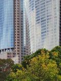Moderna höga stigningsbyggnader Royaltyfri Foto