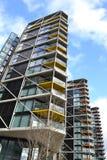 Moderna hyreshuskvarter London Royaltyfri Bild