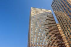 Moderna kontorsbyggnader i Amsterdam Nederländerna Arkivbilder