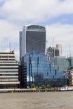 Moderna kontorsbyggnader, stad av London, London, Förenade kungariket Arkivfoton
