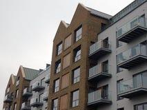 Moderna lägenheter/lägenheter arkivbild