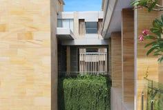Moderna lägenheter för moderna lägenheter Royaltyfria Foton