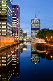 Moderna lägenheter i Canary Wharf Royaltyfri Foto