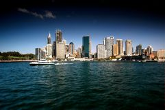 moderna nästa skyskrapor sydney för Australien stadshamn till strand arkivbild