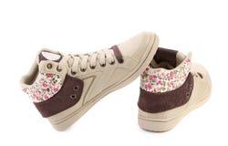 Moderna skor för flickor. Royaltyfri Foto