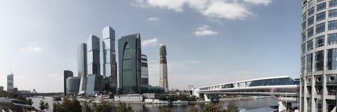 Moderna skyskrapor royaltyfri bild
