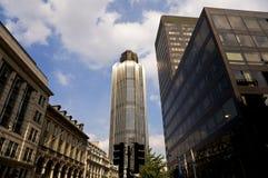 moderna skyskrapor för stad Arkivfoton