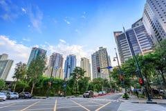 Moderna skyskrapor på Bonifacio Global City på September 1, 2017 i Ta arkivfoto
