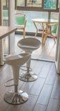 Moderna stolar i modernt kök Royaltyfria Bilder