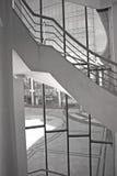 Moderne architectuur en trap Stock Foto's