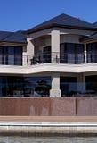 Moderne Architectuur, het leven van de Waterkant Royalty-vrije Stock Afbeelding