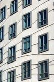 Moderne architectuur - vensters Stock Afbeeldingen
