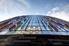 Moderne Architektur auf Londonâs Themse Querneigung Lizenzfreies Stockbild
