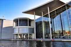 Moderne Architektur in Berlin Lizenzfreies Stockfoto