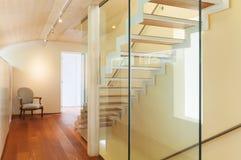 Moderne Architektur, Innenraum, Treppenhaus stockbilder