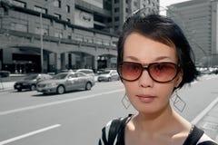 Moderne asiatische Frau Lizenzfreie Stockbilder