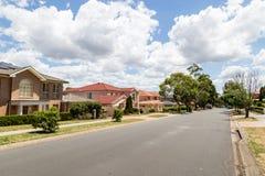 Moderne Australische voorstad Stock Afbeeldingen