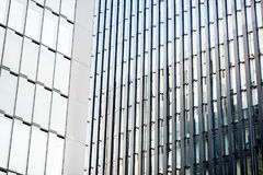 Moderne Bürofassade Stockbilder