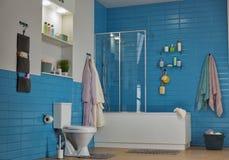 Moderne badkamers met toiletkom Royalty-vrije Stock Foto