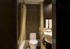 Moderne badkamerslay-out royalty-vrije stock afbeeldingen