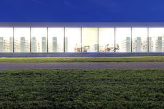 Moderne Bibliothek Lizenzfreies Stockfoto