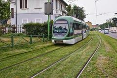 Moderne blaue Drahtseilbahn Mailands Lizenzfreies Stockfoto