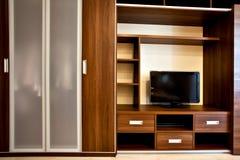 Moderne boekenkast en garderobe Royalty-vrije Stock Afbeelding