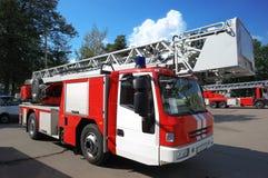 Moderne brandvrachtwagen Royalty-vrije Stock Afbeeldingen