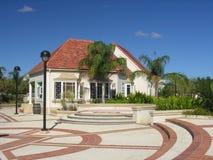 Moderne Caraïbische architectuur Stock Afbeeldingen