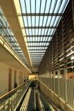 Moderne corridoorarchitectuur Royalty-vrije Stock Foto's