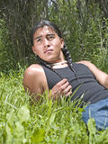 Moderne dag Inheemse Amerikaanse tiener Stock Foto