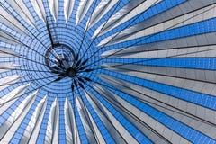 Moderne dakbouw Royalty-vrije Stock Afbeeldingen