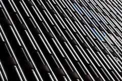 Moderne de bouw van het glasbureau bezinning Stock Afbeeldingen