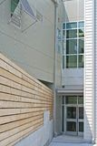 Moderne de bouwingang Royalty-vrije Stock Afbeeldingen