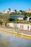 Moderne de toeristenaantrekkelijkheden van Tbilisi, Georgië stock afbeelding