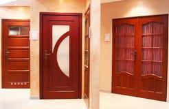 Moderne deuren Stock Afbeeldingen