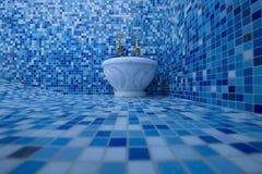 Moderne die hammam met een zwembad met een licht wordt betegeld royalty-vrije stock afbeeldingen