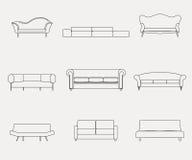 Moderne die van luxebanken en lagen meubilairpictogrammen voor woonkamer vectorillustratie worden geplaatst Stock Afbeeldingen