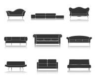 Moderne die van luxebanken en lagen meubilairpictogrammen voor woonkamer vectorillustratie worden geplaatst Royalty-vrije Stock Afbeeldingen