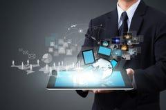 Moderne drahtlose Technologie und Social Media Lizenzfreie Stockfotos