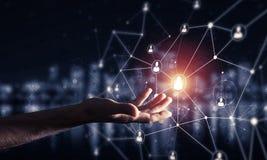 Moderne drahtlose Technologien als Durchschnitte von communucatio darstellen Lizenzfreies Stockbild