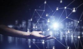 Moderne drahtlose Technologien als Durchschnitte von communucatio darstellen Lizenzfreie Stockbilder