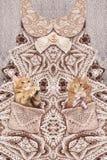 Moderne druk met gebreide kleding en katjes stock foto's
