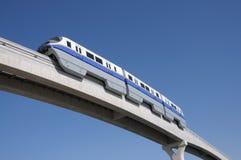 Moderne Einschienenbahn in Dubai lizenzfreies stockbild