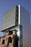Moderne en klassieke arhitecture Stock Foto