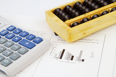 Moderne en traditionele Chinese calculator royalty-vrije stock foto