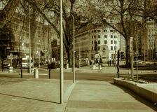 Moderne Fußgängerpromenade in Colston-Allee Bristol BW Lizenzfreie Stockfotografie