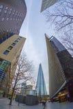 Moderne Gebäude auf mehr London Riversid und das Scherbegebäude Stockfoto