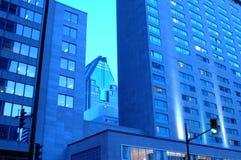 Moderne Gebäude in Montreal lizenzfreies stockbild